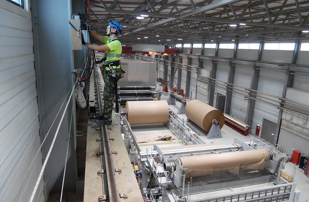Dřevařský a papírenský průmysl - Jistící systémy - Accen- realizace