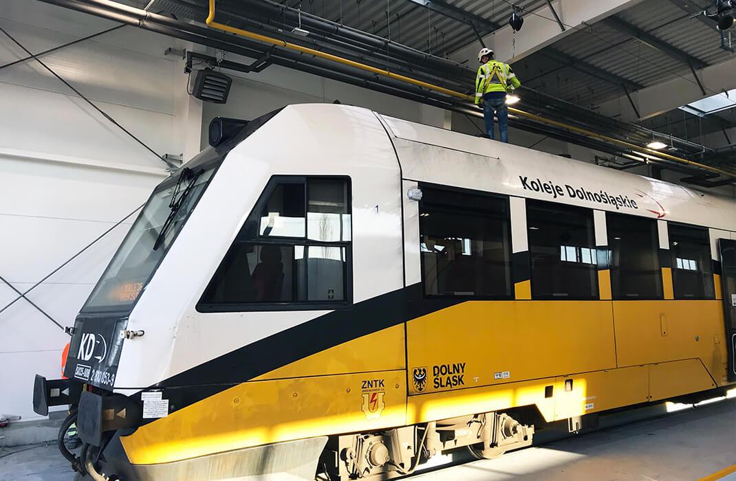 Železniční průmysl - Jistící systémy - Accen- realizace
